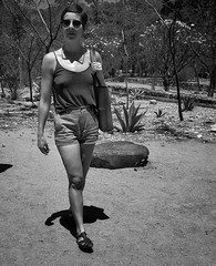 Mexico (puliMexNed) Tags: oaxaca jardinbotanico mexico girl woman blackwhite