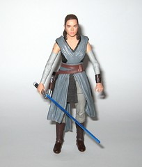 rey jedi training star wars the black series 6 inch action figure #44 the last jedi wounded right arm version variant hasbro 2017 m (tjparkside) Tags: rey jedi training wounded right arm variant version star wars black series 6 inch action figure 44 last hasbro 2017 episode eight 8 viii tlj bo staff blaster pistol lightsaber hilt blue grey luke skywalker ahchto ahch basic figures