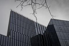 Antennes (LetNoun) Tags: architecture montreal centreville minimalisme nuageux horizontal