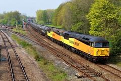 Colas Rail 56113 & 56090 6E32 Preston to Lindsey tanks. (Powerhaul70Pey) Tags: colasrail 56113 56090 lostockhalljunction 6e32 preston lindsey tanks freight train locomotive railway rail railroad grids