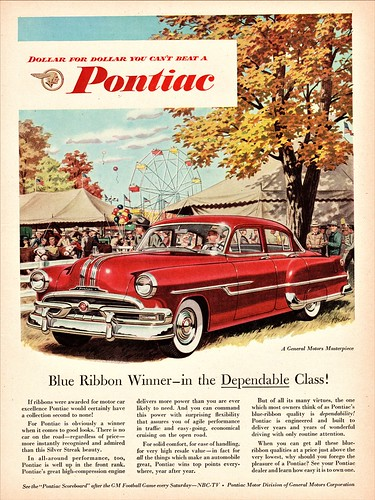 1953 Pontiac Chieftain DeLuxe 4-Door Sedan