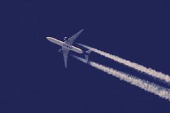 Kuwait ......won't wait (crusader752) Tags: kuwaitairways boeing 777300 9kaoc failaka contrails dotspotting
