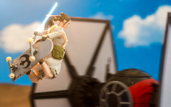 Sk8r Rey (thereeljames) Tags: skateboard rey starwars theriseofskywalker movie film canon toyphotography toys toyphotographers actionfigure