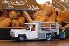 Potatoe Transport (captain_joe) Tags: toy spielzeug 365toyproject lego series15 minifigure minifig farmer moc car auto 7wide dodge ram 250 flatbed truck lorry kartoffel potato