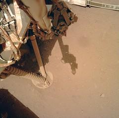 Leg on the Ground 2, variant (sjrankin) Tags: marsnasagovinsightrawimagessurfacesol0137idcd000m0137608685211edrf00000817m 19april2019 edited nasa mars insight ground dust rocks sand leg landingleg elysiumplanitia shadows