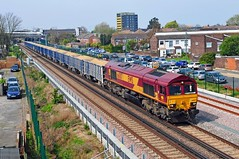 66007 trundles through Thamesmead working the 11.07 6Y55 Angerstein Wharf (Tarmac) to Woking loaded sand train on 18-4-19. Copyright Ian Cuthbertson (I C railway photo's) Tags: class66 shed 66007 thamesmead 6y55 ews freight train