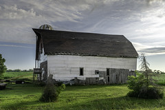 No Change (henryhintermeister) Tags: barns minnesota oldbarns clouds farming countryliving country sunsets storms sunrises pastures nostalgia skies outdoors seasons field hay silos dairybarns building architecture outdoor winter serene grass landscape plant cloudsstormssunsetssunrises mankatomn