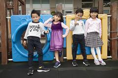 IMG_4717 (arielsitar@gmail.com) Tags: kid kids 小孩 小朋友 幼稚園 畢業照 好朋友照