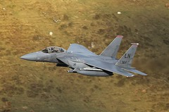 eagle21 (Dafydd RJ Phillips) Tags: ln364 lakenheath usaf strike eagle f15 f15e mach loop low level jet fighter fast military avgeek