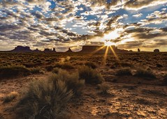 Morning in Monument Valley (Lisa Bell Jamison) Tags: light landscape travel arizona navajotribalpark navajo monumentvalley