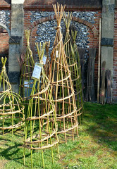 The Stick Smith at Bean Pole Day, April 2019 (3) (karenblakeman) Tags: caversham uk april 2019 beanpoleday cavershamcourtgardens thesticksmith willow willowwigwams plantsupports reading berkshire