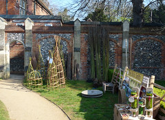 The Stick Smith at Bean Pole Day, April 2019 (2) (karenblakeman) Tags: caversham uk april 2019 beanpoleday cavershamcourtgardens thesticksmith willow plantsupports willowwigwams reading berkshire