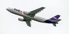 FedEx Cargo Aircraft taking-off (gourab66) Tags: canon canon80d canonef100400mmf4556lisiiusm seatac planespotting travel seattle aircraft fedex seattletacomainternationalairport takeoff