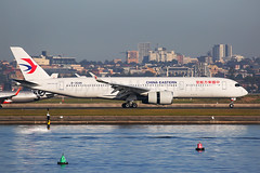 China Eastern Airbus A350-941 B-304N (Mark Harris photography) Tags: spotting plane airbus canon 5d aviation yssy sydney