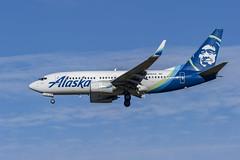 Alaska Airlines Boeing 737-790(WL) N615AS (MIDEXJET (Thank you for over 2 million views!)) Tags: milwaukee milwaukeewisconsin generalmitchellinternationalairport milwaukeemitchellinternationalairport kmke mke gmia flymke alaskaairlinesboeing737790wln615as alaskaairlines boeing737790wl n615as boeing737790 boeing737700 boeing737 boeing 737 737700 737790