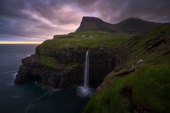 Gasadalur Islas Feroe (Pablo RG) Tags: islas feroe faroe gasadalur sunset mountains cascada waterfall nature sky nikon nikonistas travel summer