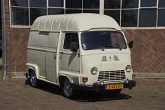 Renault Estafette bestelwagen van 1978 met kenteken 3VRJ-07 in Rutten 20-04-2019 (marcelwijers) Tags: renault bestelwagen van 1978 met kenteken 3vrj07 ruttum 20042019 estafette car oldtimer rutten
