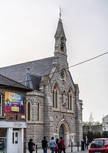 HOLY CROSS CHURCH [MAIN STREET DUNDRUM]-151791