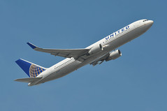 UA0017 LHR-EWR (A380spotter) Tags: takeoff departure climb climbout boeing 767 300erwl n642ua ship6442 united unitedairlinesinc ual ua ua0017 lhrewr runway09r 09r london heathrow egll lhr