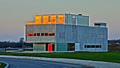 Sunset reflex (Steenjep) Tags: hdr bygning building arkitektur architecture sunset solnedgang grain refleks reflex vindue windows hamiconsult herning