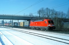 182 024  Nannhofen  15.02.03 (w. + h. brutzer) Tags: nannhofen 182 taurus eisenbahn eisenbahnen train trains deutschland germany elok eloks lokomotive locomotive zug db nikon webru analog