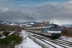 Intercités hivernal (videostrains) Tags: bb67523 bb67000 bb67400 arzens train sncf corail intercités voitures voyageurs gare railway tours lyon perrache pielstick