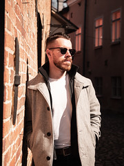 Herman_20190421_1904 (roni.laakso94) Tags: herman turku outdoor finland city sights nature moody yellow orange sunny spring photoshooting model man sunnies sunglasses photography varsinaissuomi forest
