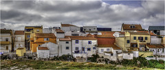 Peniche (Luc V. de Zeeuw) Tags: clouds cloudy houses laundry peniche rock centro portugal panorama pano