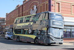 BT 434 @ North Pier, Blackpool (ianjpoole) Tags: blackpool transport alexander dennis enviro 400 city sn17mhm 434 working route 11 market street lytham square