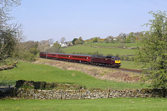 47851 Bowston 20th April 2019 (John Eyres) Tags: 47851 tnt 47826 passing bowston with 2z05 1137 oxenholme windermere 200419