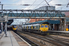 66618 (+66528, 66518 and 66585) and 180113, Doncaster (JH Stokes) Tags: freightliner lashup convoy movement doncaster eastcoastmainline ecml diesellocomotives 66618 66528 66518 66585 180113 firsthulltrains dmu class180 trains trainspotting tracks transport railways railroads photography
