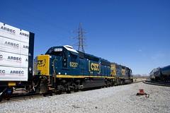 CSXT 6237 (Michael Berry Railfan) Tags: gp382 emd csxt2544 csxt6237 beauharnois quebec csx csxt csxmontrealsub