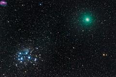 Comet 46p-Wirtanen and the Pleiades / Cometa 46p-Wirtanen y la Pleyades (AstronomíaNovaAustral) Tags: astronomy astrofotografia astronomianovaaustral astrophotography astronomia pleyades pleiades comet cometa space sonya77 sonyalpha tauro taurus constelacion solarsystem sonyphoto stars sky landscpe cajondelmaipo deepsky longexpo longexposure minolta nightsky nebula nebulosa nebulosas universe celestron green deepskyobject