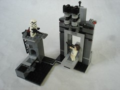75229 - shooting stormy (fdsm0376) Tags: lego set review 75229 death star escape wars leia princess organa luke skywalker stormtrooper mouse droid