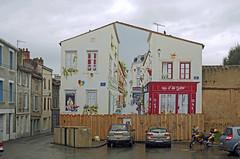 Parthenay (Deux-Sèvres) (sybarite48) Tags: parthenay france deuxsèvres ruedelasaunerie peinturemurale mural wallpainting wandmalerei جداراللوحة 壁画 pinturamural murales τοιχογραφίεσ 的壁画 wandbilder murals الجداريات pitturemurali muurschilderingen murale murais фрески duvarresimleri
