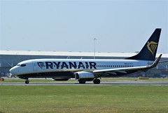 DSC03909 (richellis1978) Tags: ema east midlands airport airliner aeropark airplane aeroplane boeing 737 ryanair 800 737800 eifti