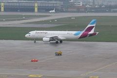 D-ABHC Airbus A320 Eurowings (graham19492000) Tags: stuttgartairport airbusa320 dabhc airbus a320 eurowings