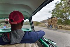 Santiago de Cuba (Carlos Arriero) Tags: santiagodecuba cuba centroamérica carlosarriero people gente car coche viajar travel nikon d800e 2470f28 road carretera paths composición composition color colour colors tamron