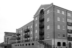 20190415 0064 Royal Worcester Porcelain Works Appartments Birmingham Canal Worcester (rodtuk) Tags: 4star building buildings england flipublic flickr house midlands phototype places rating rodt roderict roderickt uk wip worcester worcestershire