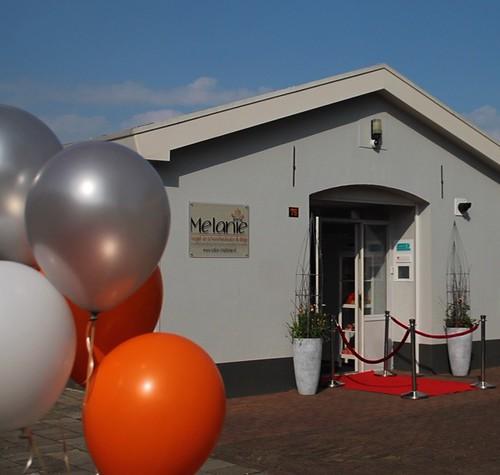 heliumballonnen wit oranje zilver Salon Melanie Ruurlo