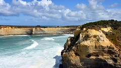 800_4255 (Lox Pix) Tags: twelveapostles australia victoria loxpix loxwerx landscape scenery seas seascape ocean greatoceanroad cliff clouds waves helicopter heritage