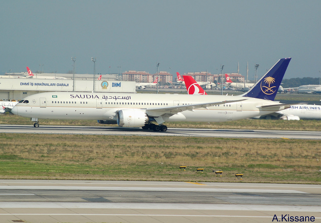 The World's Best Photos of b787 and saudi - Flickr Hive Mind
