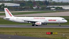 YL-LCV A321 JET2
