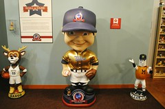 National Bobblehead Hall of Fame & Museum, Milwaukee (Cragin Spring) Tags: bobblehead bobbleheads museum halloffame nationalbobbleheadhalloffame nationalbobbleheadhalloffameandmuseum milwaukee milwaukeewisconsin milwaukeewi wisconsin wi midwest urban city unitedstates usa unitedstatesofamerica