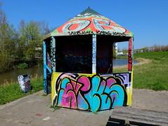 Capelsebrug (oerendhard1) Tags: graffiti streetart urban art rotterdam oerendhard caoelsebrug eviks