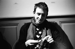 Billy Steiger - Le Phare - 25/03/19 (Ludovic Macioszczyk Photography) Tags: daniel blumberg billy steiger le phare 250319 limoges france nikon fm 135 kodak tmax 400 iso © ludovic macioszczyk concert black white noir et blanc monochrome contrastes musique music life lights inside intérieur evening mm tag world monde earth asa film pellicule flickr gig show argentique analog lumière grain photo 35mm portrait live photography négatif af nikkor 50mm 14