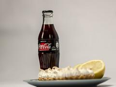 Still_editado_MG_7970 (Guilherme Piva M) Tags: still food comida foto alimento torta pie uva queijo cheese grape green damasco seco scheepes yas coca cola coke serra malte limão lemon