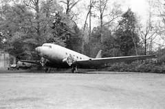 Mystery Plane (MFBodisch) Tags: mystery plane vacant lot petal mississippi usa voigtlander vitob kentmere 100 yellow filter
