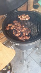 Smoken chicken wings (mark_heinis) Tags: bbq kamado salmon zalm asperges hamburger smoked goodness food