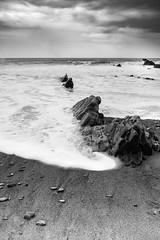 Welcombe beach (Manadh) Tags: northdevon landscape seascape beach devon blackandwhite